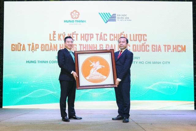 Tập đoàn Hưng Thịnh và Đại học Quốc gia TPHCM ký kết hợp tác chiến lược - 5
