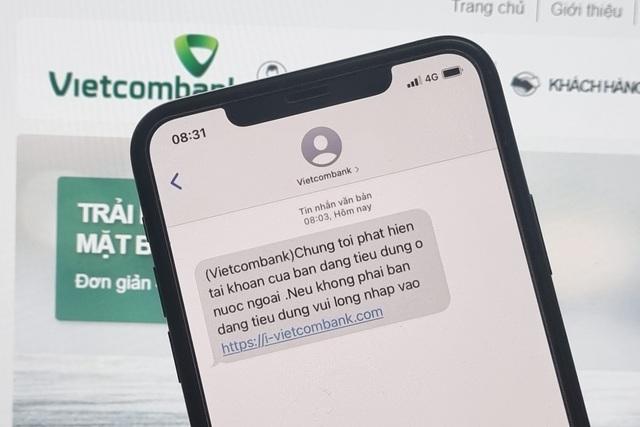 Tại sao hacker có thể mạo danh ngân hàng, nhà mạng để gửi tin nhắn lừa đảo? - 1