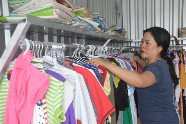 Cửa hàng 0 đồng giúp học sinh, người dân nghèo của cô giáo xứ biển - 1