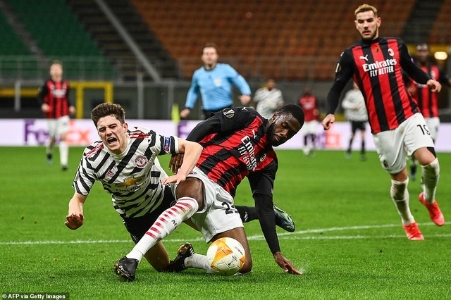 Những khoảnh khắc Man Utd khiến AC Milan ngậm ngùi chia tay Europa League - 4