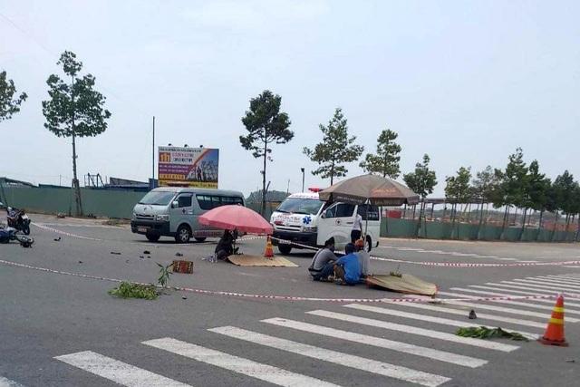 Đi ăn cơm trưa, hai công nhân bị xe tông chết thảm - 1