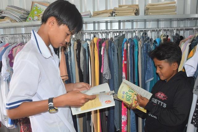 Cửa hàng 0 đồng giúp học sinh, người dân nghèo của cô giáo xứ biển - 4