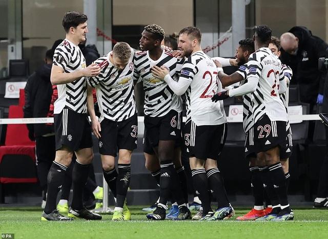 Những khoảnh khắc Man Utd khiến AC Milan ngậm ngùi chia tay Europa League - 14