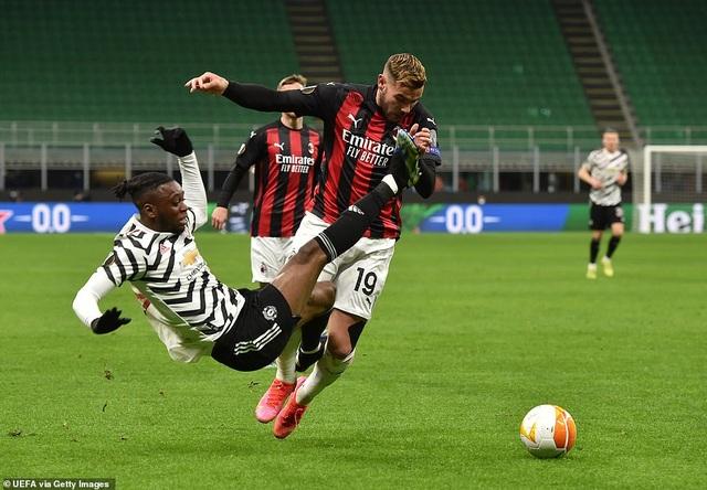 Những khoảnh khắc Man Utd khiến AC Milan ngậm ngùi chia tay Europa League - 5