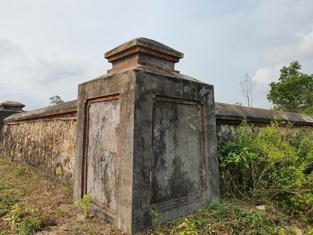 Khởi công trùng tu khu lăng mộ bà Đoàn Quý Phi - 3