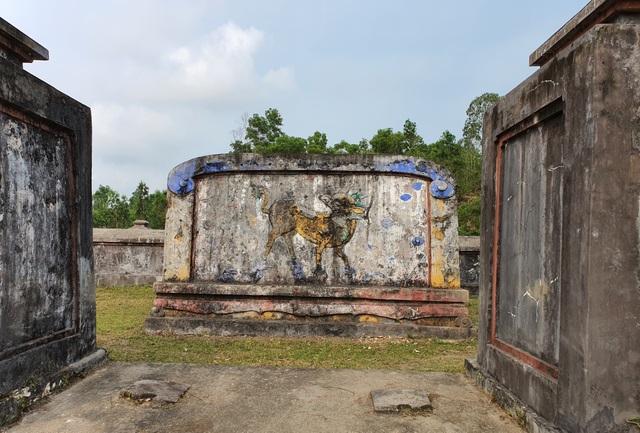 Khởi công trùng tu khu lăng mộ bà Đoàn Quý Phi - 4