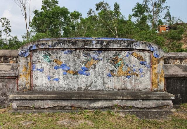 Khởi công trùng tu khu lăng mộ bà Đoàn Quý Phi - 5