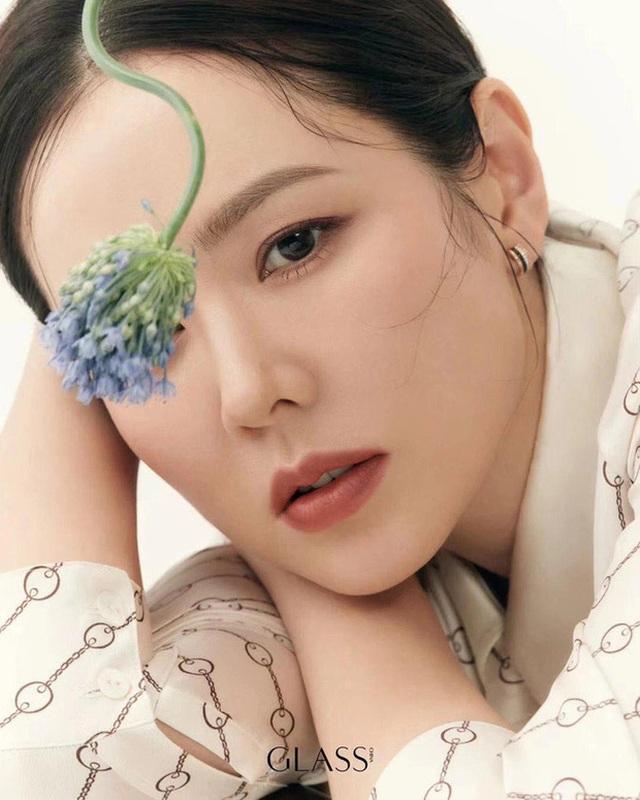 Son Ye Jin trẻ đẹp hơn từ khi yêu Hyun Bin - 3