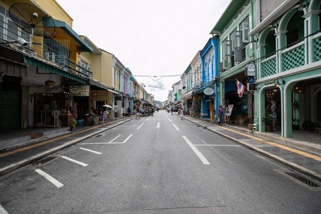 Thái Lan mở cửa đón khách nhà giàu, cách ly sang chảnh trên du thuyền - 1