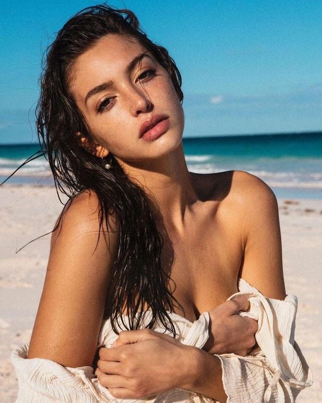Mê đắm loạt ảnh bikini nóng bỏng của hot girl người Mỹ - 2