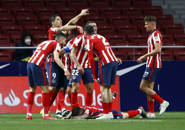 Luis Suarez đạt mốc 500 bàn, Atletico tiếp tục bỏ xa Barcelona, Real Madrid - 4