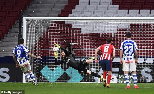 Luis Suarez đạt mốc 500 bàn, Atletico tiếp tục bỏ xa Barcelona, Real Madrid - 5
