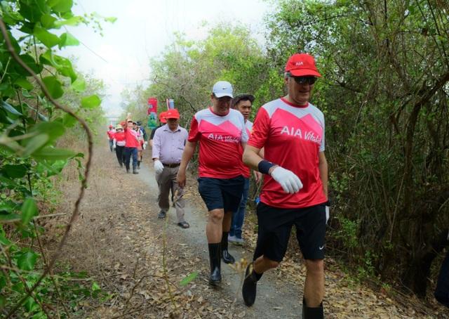 AIA Việt Nam phủ xanh 10.000 cây cho rừng phòng hộ Cần Giờ - 3