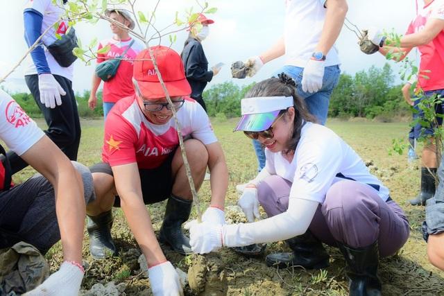 AIA Việt Nam phủ xanh 10.000 cây cho rừng phòng hộ Cần Giờ - 5