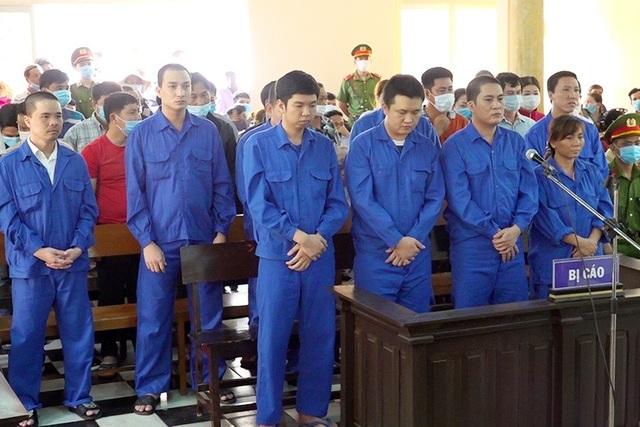 Bình Bá Hộ và 35 con bạc chia nhau 71 năm tù - 1