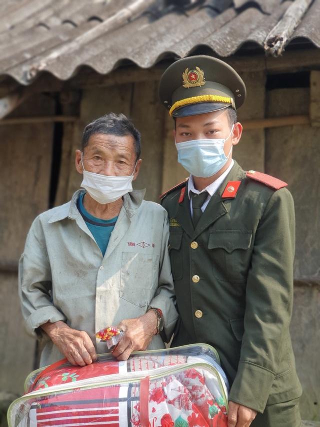 Chàng sinh viên Học viện An ninh, Mùa A Sinh: Niềm tự hào của bản làng - 1