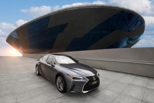 Chất thể thao trên Lexus IS 2021 chinh phục khách hàng trẻ Việt - 1