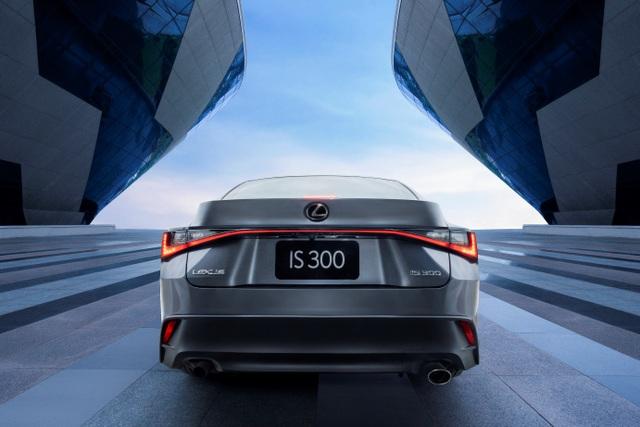 Chất thể thao trên Lexus IS 2021 chinh phục khách hàng trẻ Việt - 2