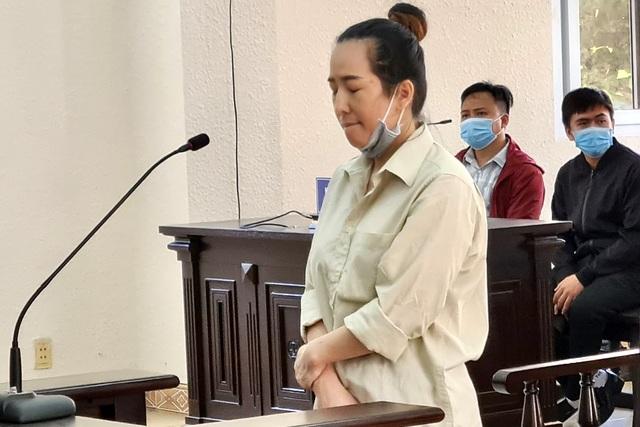 Hot girl Bình Dương lĩnh án chung thân vì lừa đảo hàng trăm tỷ đồng - 1