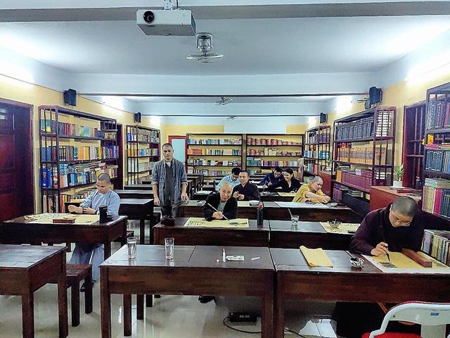 Lớp học thư pháp 0 đồng tại Chùa Long Hưng - 3