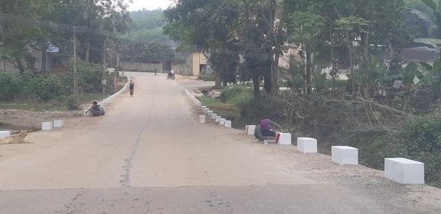 Quốc lộ xuống cấp thê thảm: Vừa thi công xong, mặt đường lại hư hỏng nặng - 9
