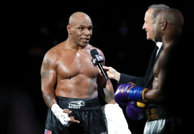 Mike Tyson nổi điên với ý tưởng tái đấu với Holyfield - 1