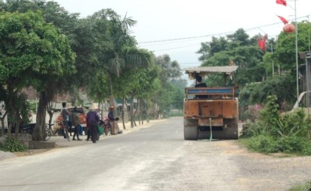 Quốc lộ xuống cấp thê thảm: Vừa thi công xong, mặt đường lại hư hỏng nặng - 10