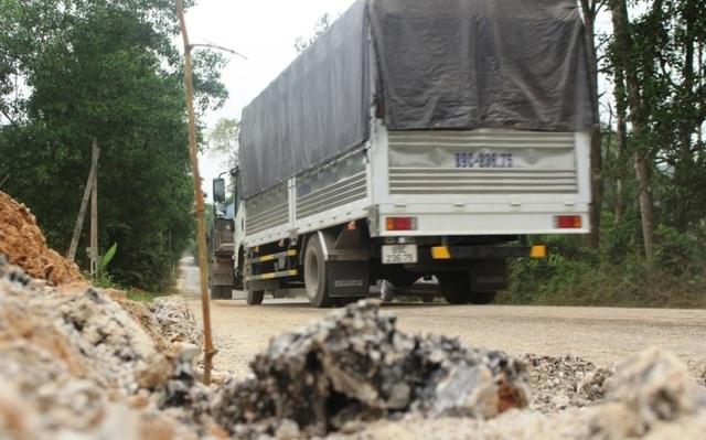 Vụ quốc lộ xuống cấp thê thảm: Yêu cầu các nhà thầu sửa chữa, khắc phục - 3