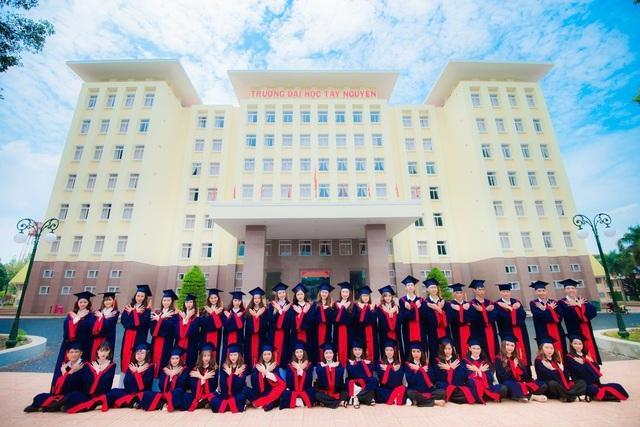 Trên 83% sinh viên trường Đại học Tây Nguyên tìm được việc làm sau tốt nghiệp - 1