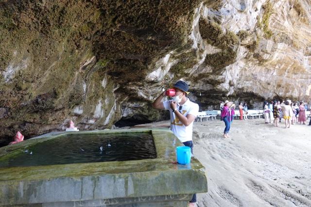 Kỳ lạ ngôi chùa không sư trong hang đá núi lửa nghìn năm ở Lý Sơn - 5