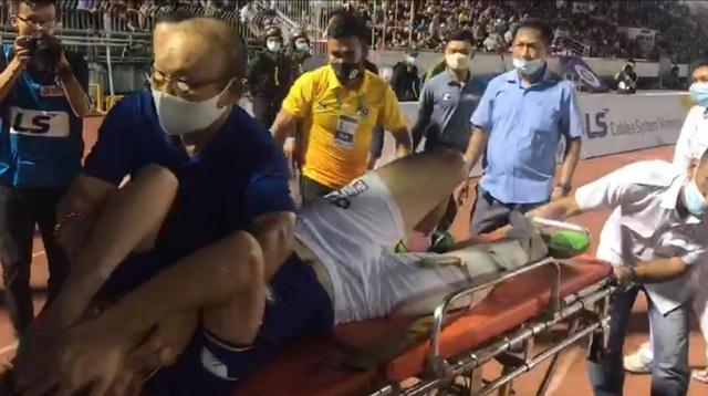 Báo Thái Lan xót xa cho chấn thương kinh hoàng của Hùng Dũng - 2