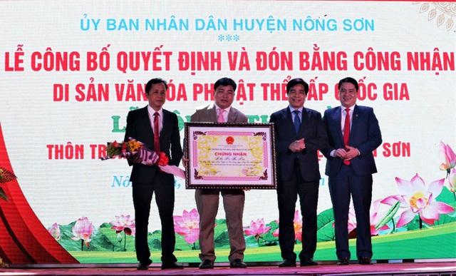 Hàng ngàn du khách tưng bừng trẩy hội Bà Thu Bồn ở Quảng Nam - 2
