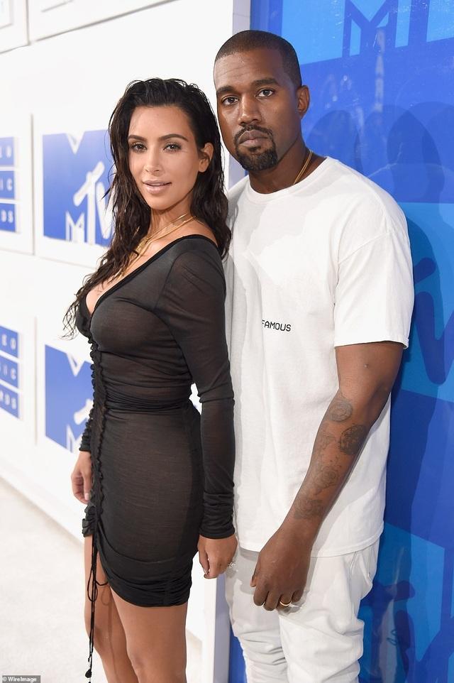 Kim Kardashian xây khu vui chơi khủng trong biệt thự 60 triệu USD - 8