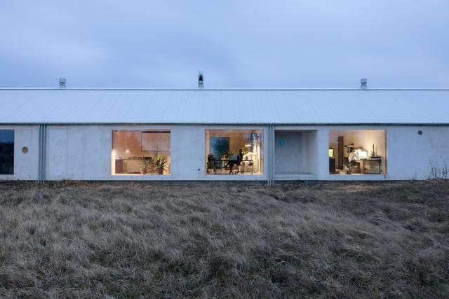 Ngôi nhà đẹp lạ như cồn muối, ôm trọn cả thiên nhiên - 3