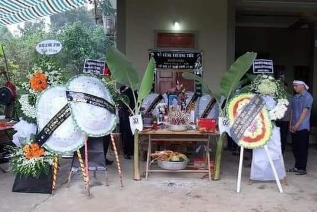 Bàn thờ anh Nguyễn Văn Huy được lập tại gia đình.jpeg