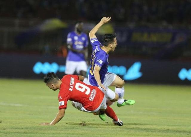 Hùng Dũng bị gãy chân: Đừng để bóng đá Việt Nam chết trong bạo lực! - 2