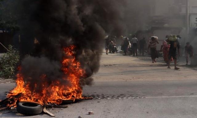 Số người thiệt mạng ở Myanmar tăng lên 320, quân đội cảnh báo cứng rắn - 1