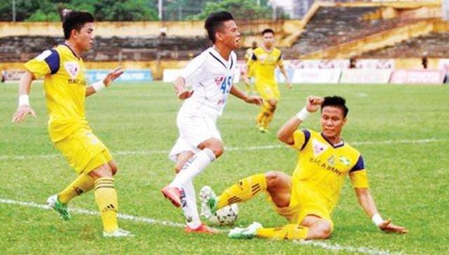 Hùng Dũng bị gãy chân: Đừng để bóng đá Việt Nam chết trong bạo lực! - 1
