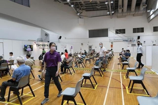 Singapore vẫn đắp chiếu vắc xin Covid-19 Trung Quốc tặng - 1