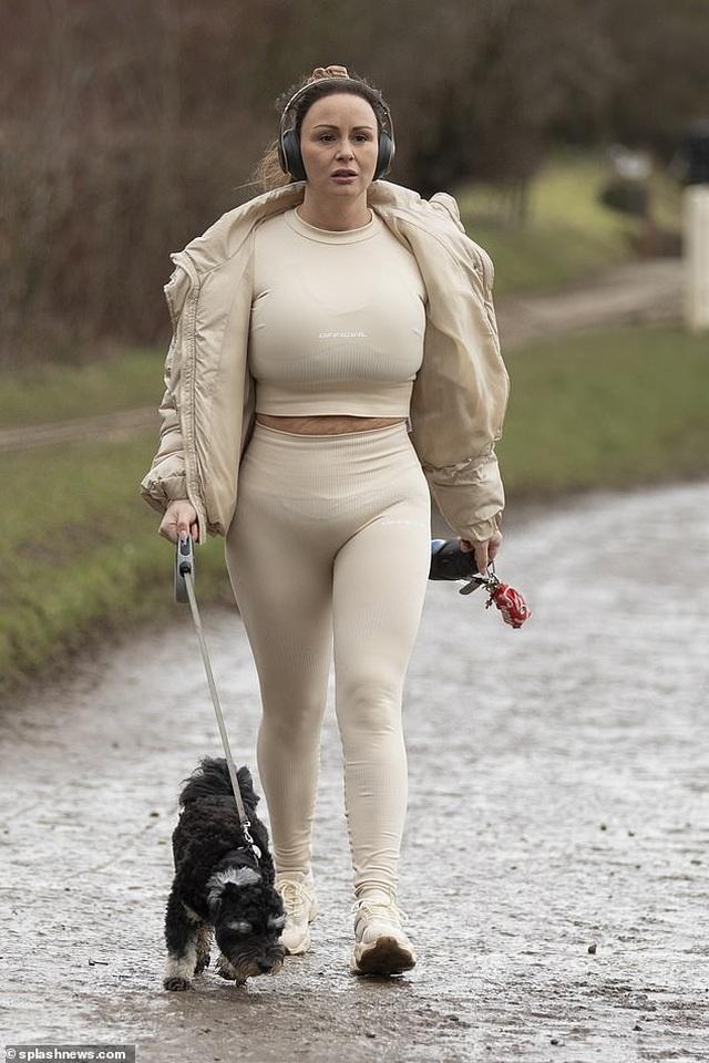 Người mẫu Chanelle Hayes cắt bớt 80% dạ dày sau khi nặng 110 kg - 2