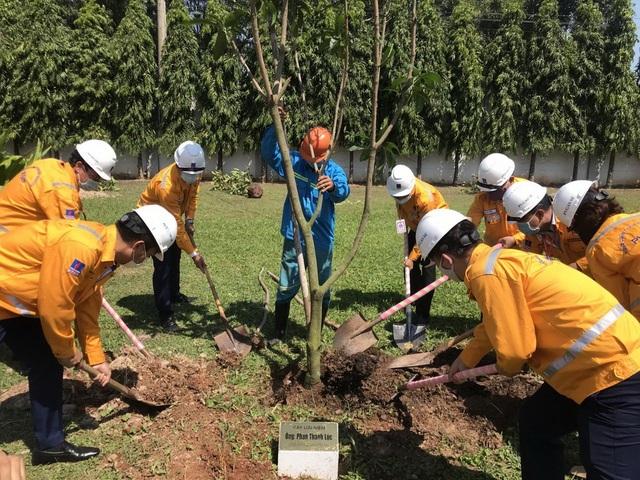 PV GAS hưởng ứng Tháng công nhân và Tháng hành động về An toàn vệ sinh lao động năm 2021 - 3