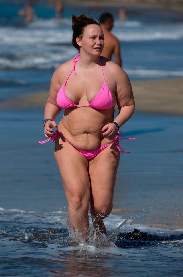 Người mẫu Chanelle Hayes cắt bớt 80% dạ dày sau khi nặng 110 kg - 6