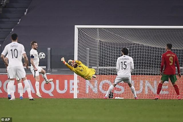 Hà Lan thua sốc, Bồ Đào Nha và Pháp gây thất vọng - 4