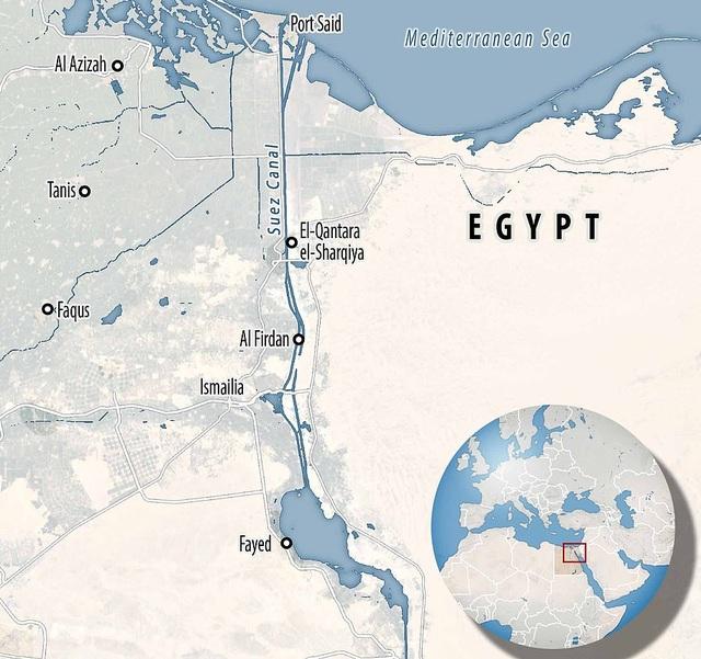 Chạy đua giải cứu kênh đào Suez bị siêu tàu hàng án ngữ - 9