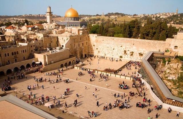 Bức tường than khóc - thánh địa linh thiêng của người Do thái  - 1