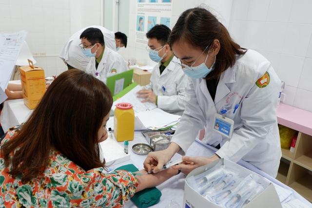 Phó Thủ tướng Vũ Đức Đam tiêm thử vắc xin Covid-19 made in Vietnam - 4