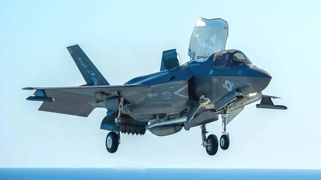Tiêm kích F-35 Mỹ vô tình tự bắn chính mình, tổn thất ít nhất 2,5 triệu USD - 1