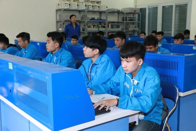 Đào tạo hệ 9+: Mòn mỏi chờ hướng dẫn từ Bộ GDĐT - 1