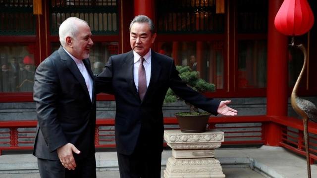 Trung Quốc tìm lối thoát giữa vòng vây trừng phạt của phương Tây - 2