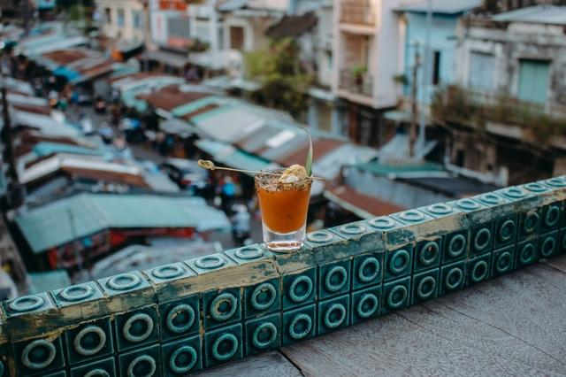 Lạ lùng món cocktail… trứng cút lộn ở Sài Gòn - 3